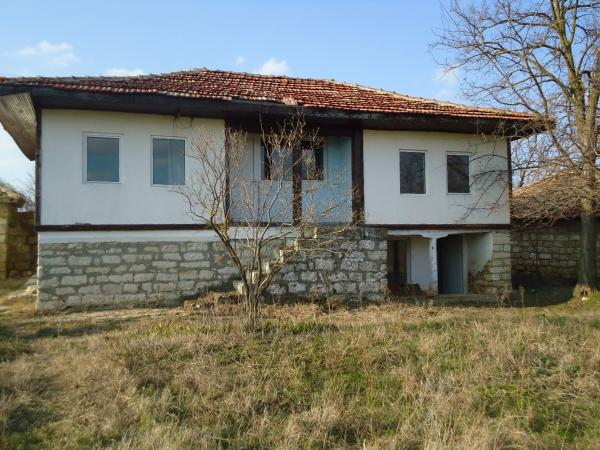 2 bed House for sale in Provadia, Bulgaria for €14990 on Ubodo